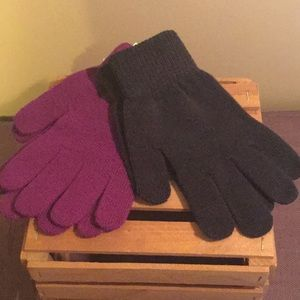 Accessories - 2 pair of gloves